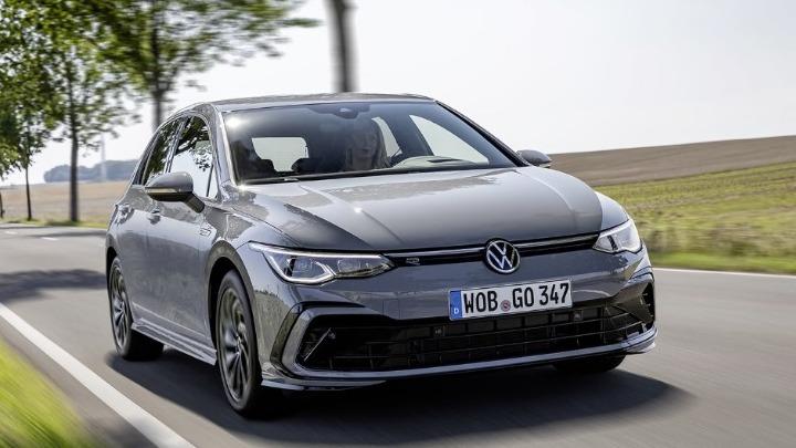 Η γκάμα του Volkswagen Golf εμπλουτίζεται με την έκδοση mild-hybrid και την R-Line