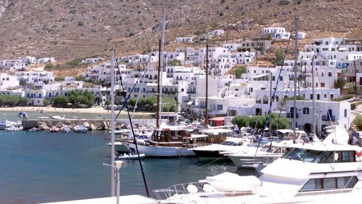 Λίστα με ελληνικά νησιά για ιδανικές διακοπές, φέτος, δημοσίευσαν οι Sunday Times