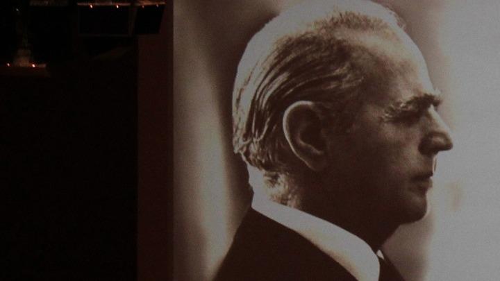 ΝΔ για τα 23 χρόνια από τον θάνατο του Κωνσταντίνου Καραμανλή: Σημάδεψε με τον πιο θετικό τρόπο το β' μισό του 20ου αιώνα
