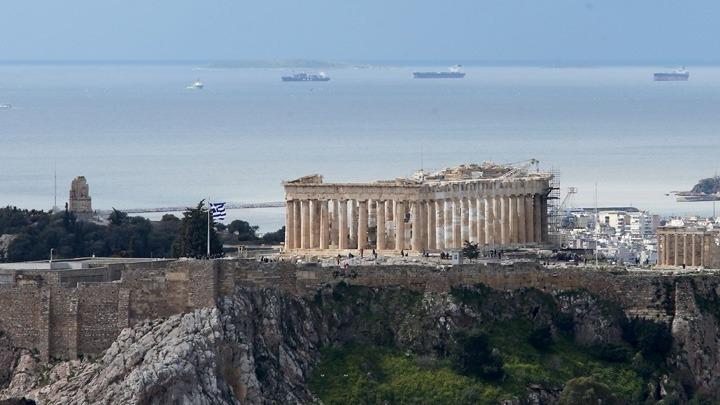 Ο Dior οργανώνει ντεφιλέ στην Αθήνα για την παρουσίαση της νέας κολεξιόν «Croisière 2022»